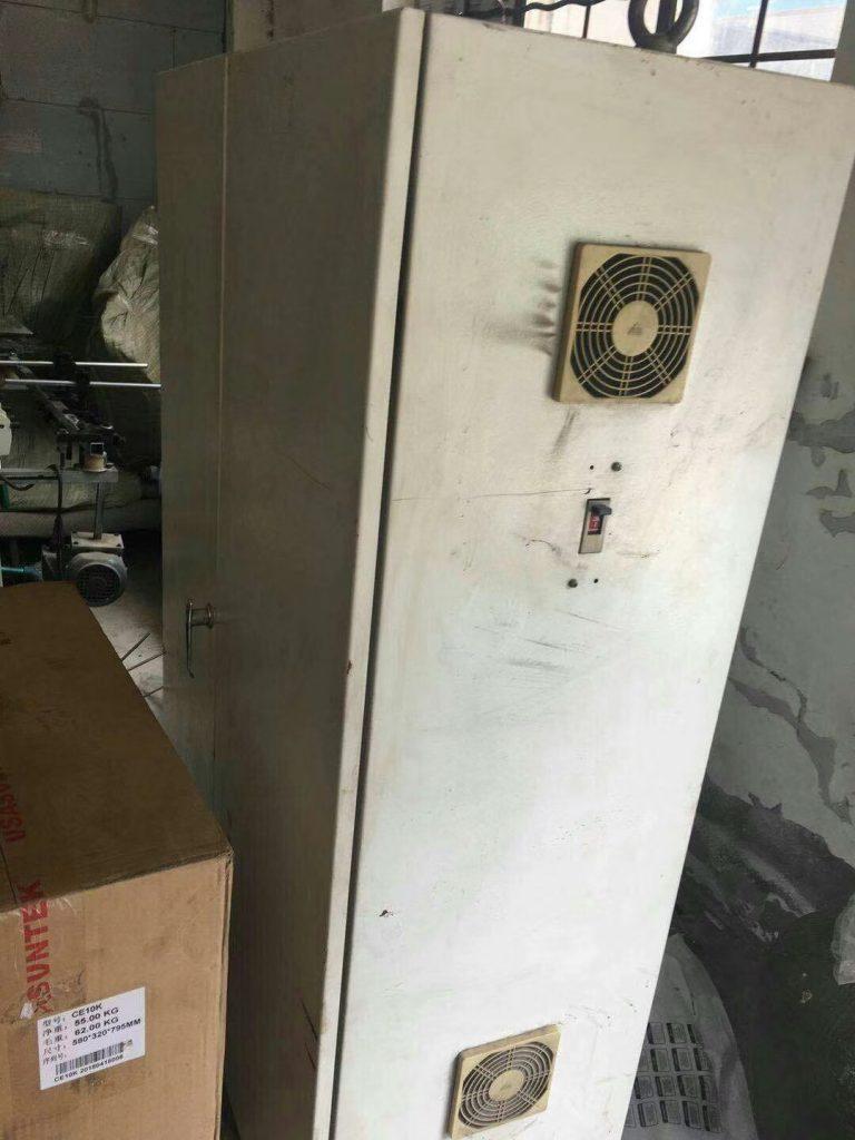 出售天津长荣13年四折勾底800糊盒机,联系电话15988677960张,包安装调试